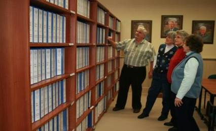 Bruce County Genealogical Society - In the Research Library